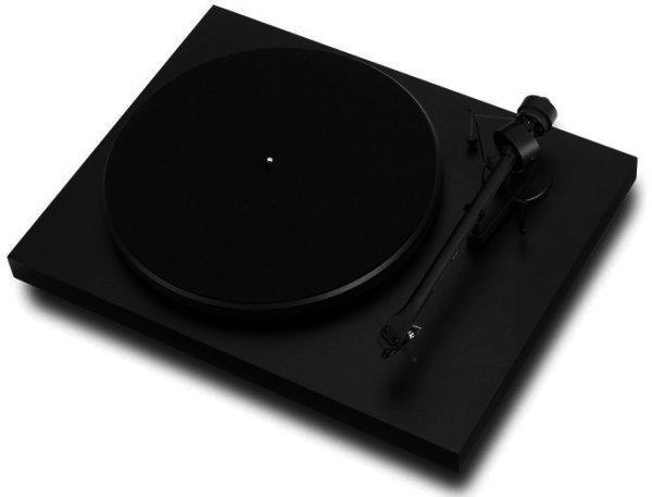Pro-Ject Debut III E Plattenspieler mit Endabschaltung mattschwarz