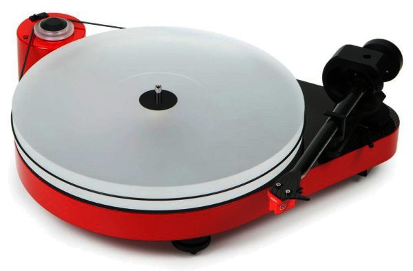 Pro-Ject RPM 5 Carbon Plattenspieler in rot