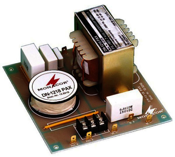 DN-1218PAX 2-Wege-Frequenzweiche 8 Ohm für 30 / 38 Bass
